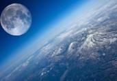 宇宙惊悚发现:月球并没有绕着地球转