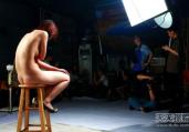 揭秘裸模行业内幕:情色边缘上的挣扎