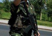 新疆公安特警配备强悍武器 亡命暴徒颤抖吧