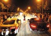 北京飙车党豪车逆行竞速