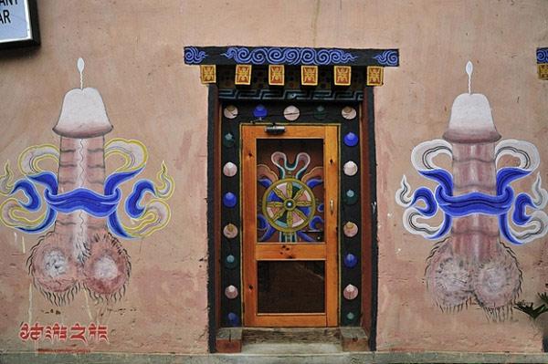 据说是不丹的镇宅图腾。内涵了。